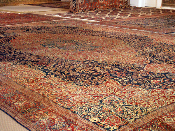 Large Sarouk Antique